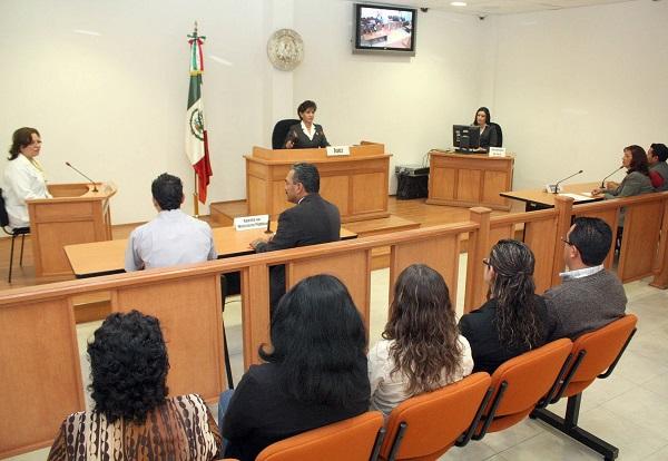 Mancera propone brazalete para vigilar a exreos